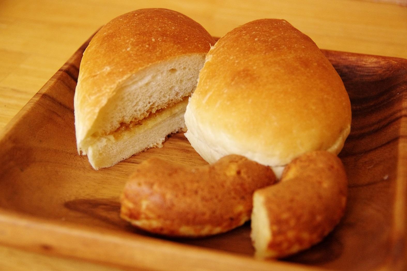 木曜にしか買えない!阿南市の住宅地で見つけたやさしい無添加パン