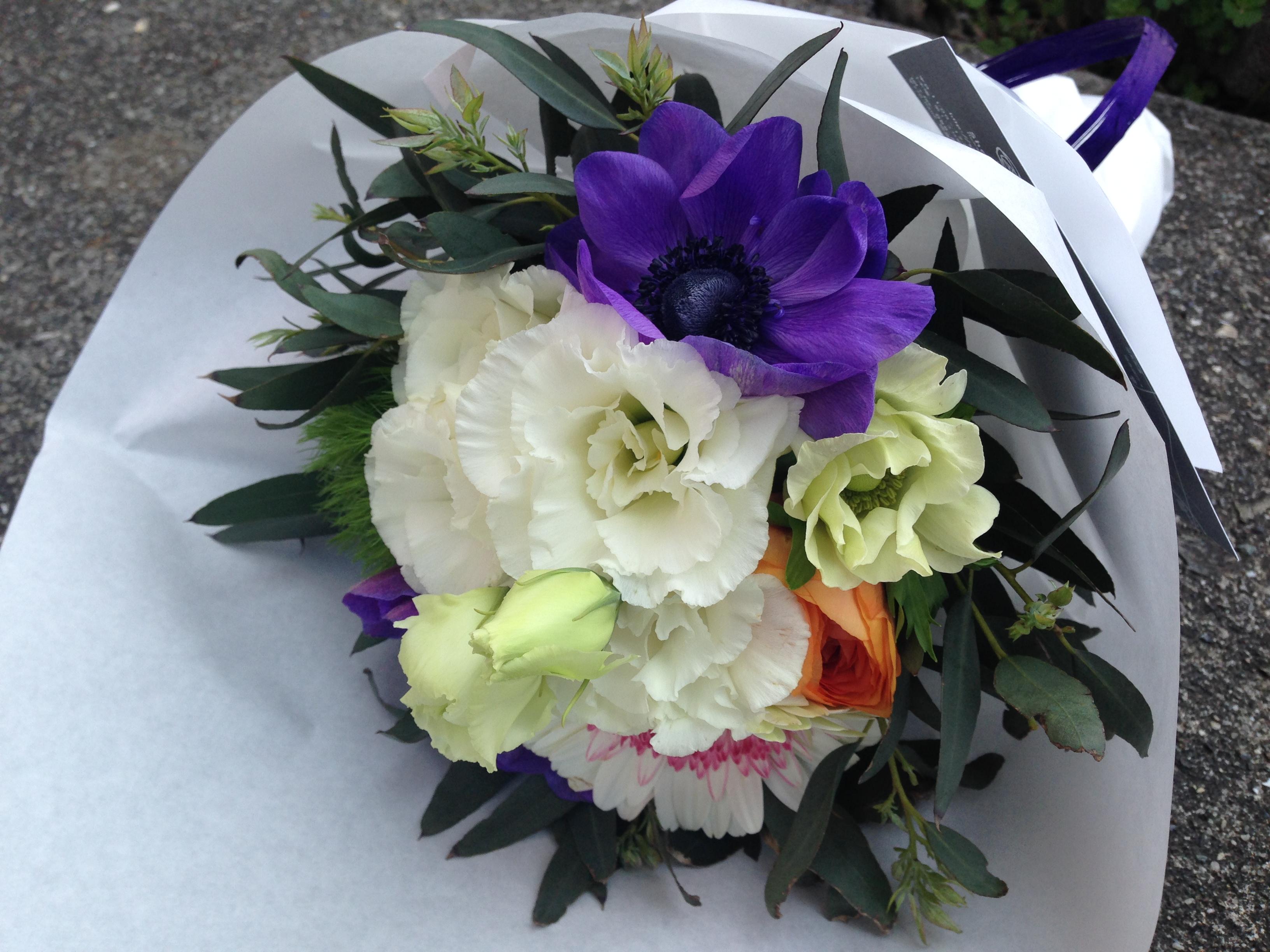 歓送迎シーズンに欠かせないお花を買うなら、こんなショップはいかが?