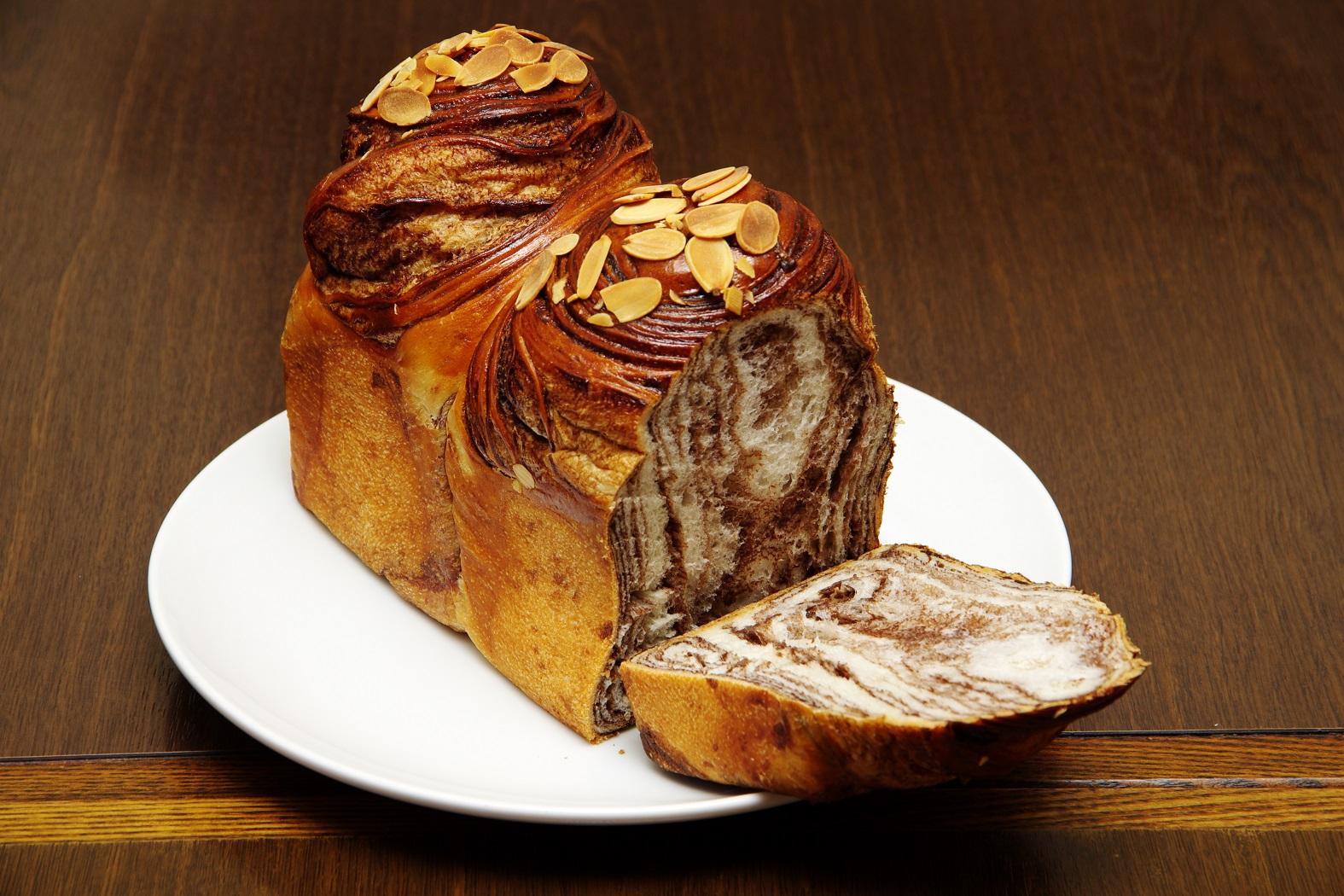 人気ラーメン店で本格無添加手作りパンが食べられるんですってば、奥様!