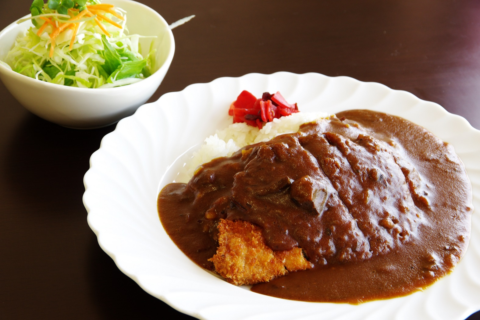 那賀町の名店でしか食べられない絶品カレーが小松島でも食べられるんです!