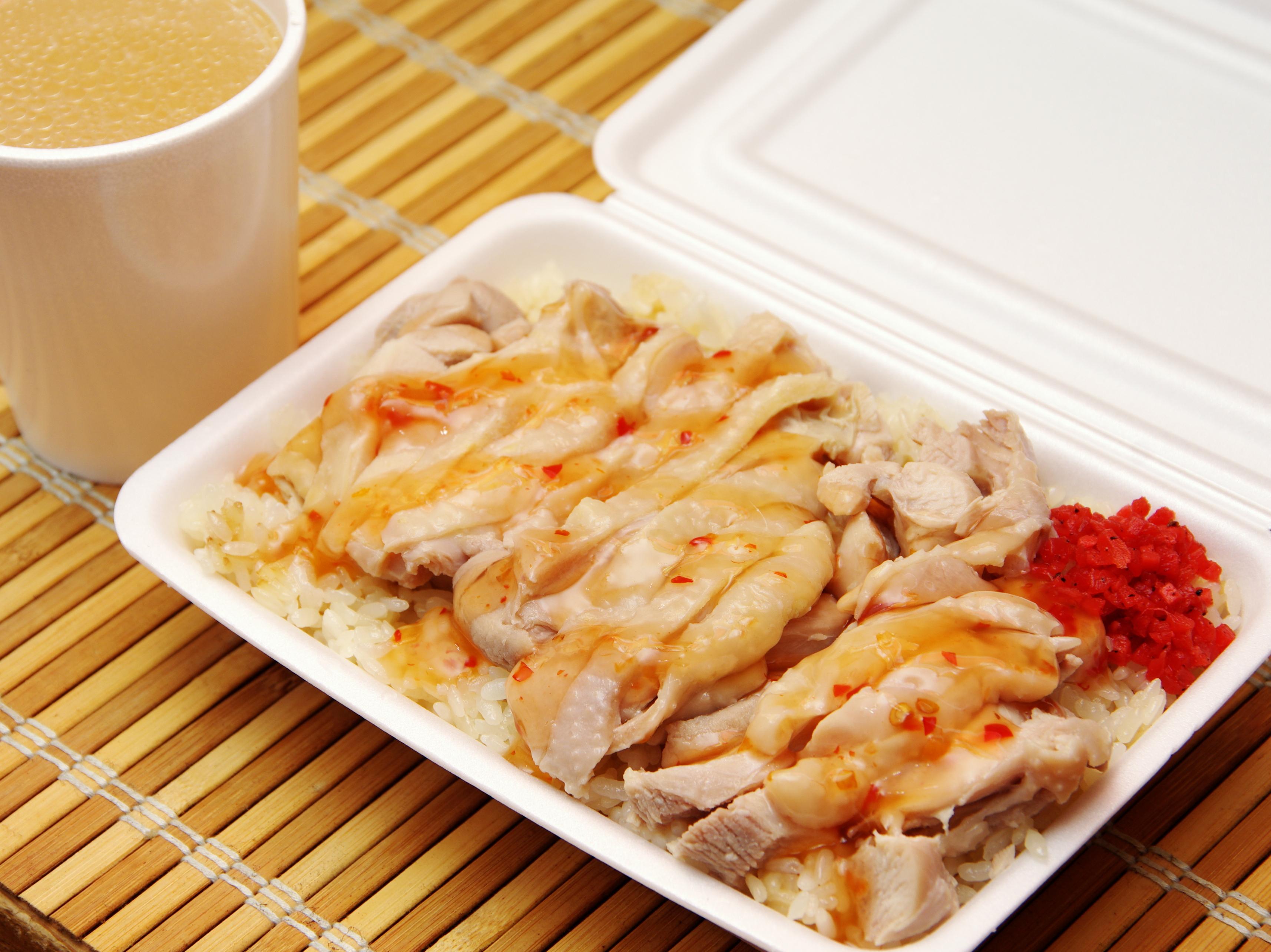 徳島でアジアの屋台飯。タイのカオマンガイが旨すぎた。