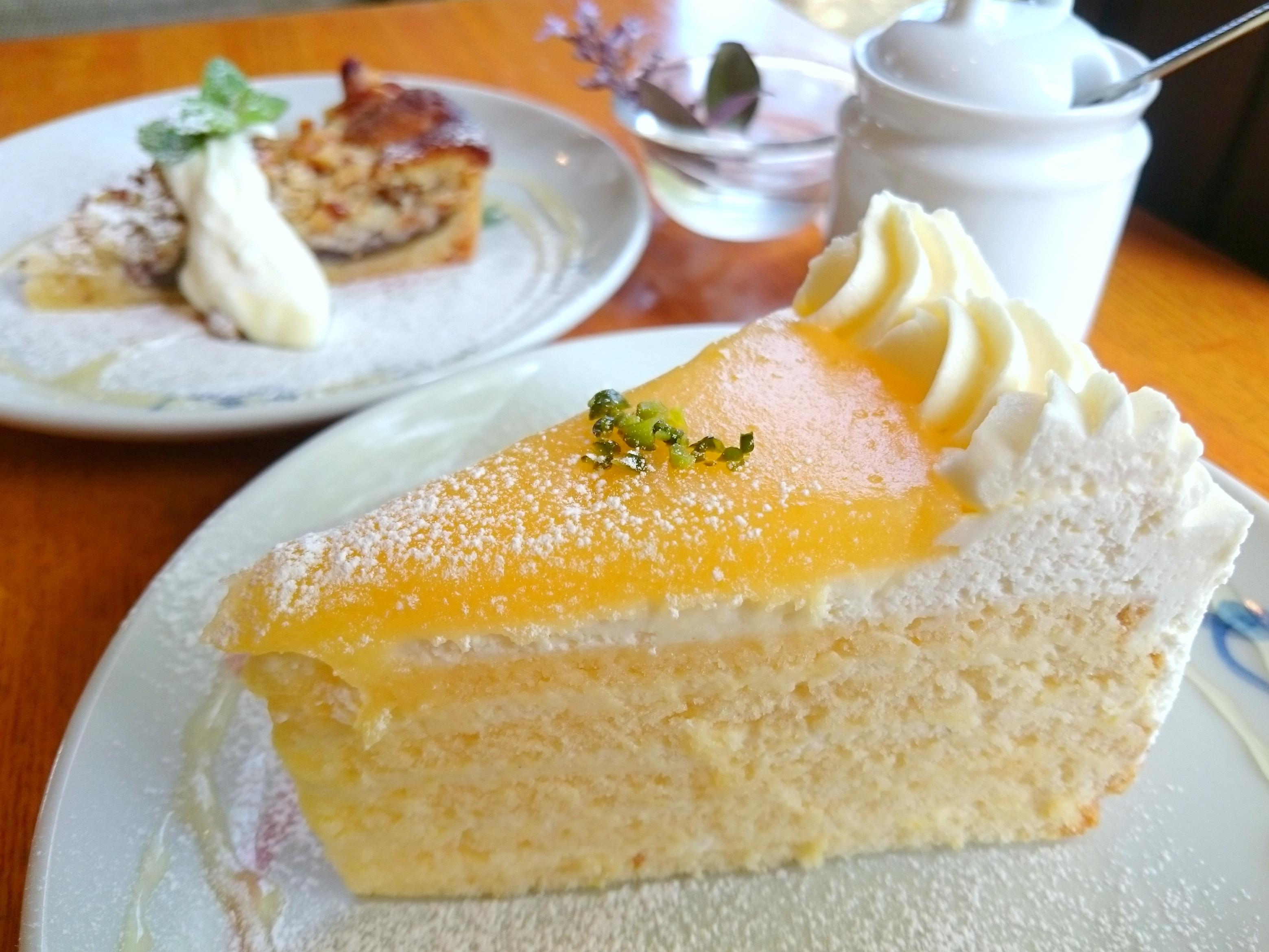 ケーキが美味しいカフェといえばココ! 八万町の『Cafe de Ruban』