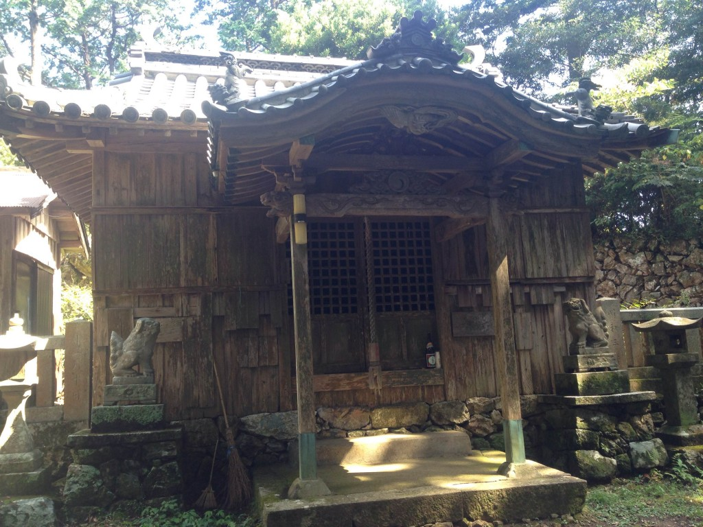 月刊「ムー」編集長・三上さんが徳島にやってきた・中編-朝立彦神社①-