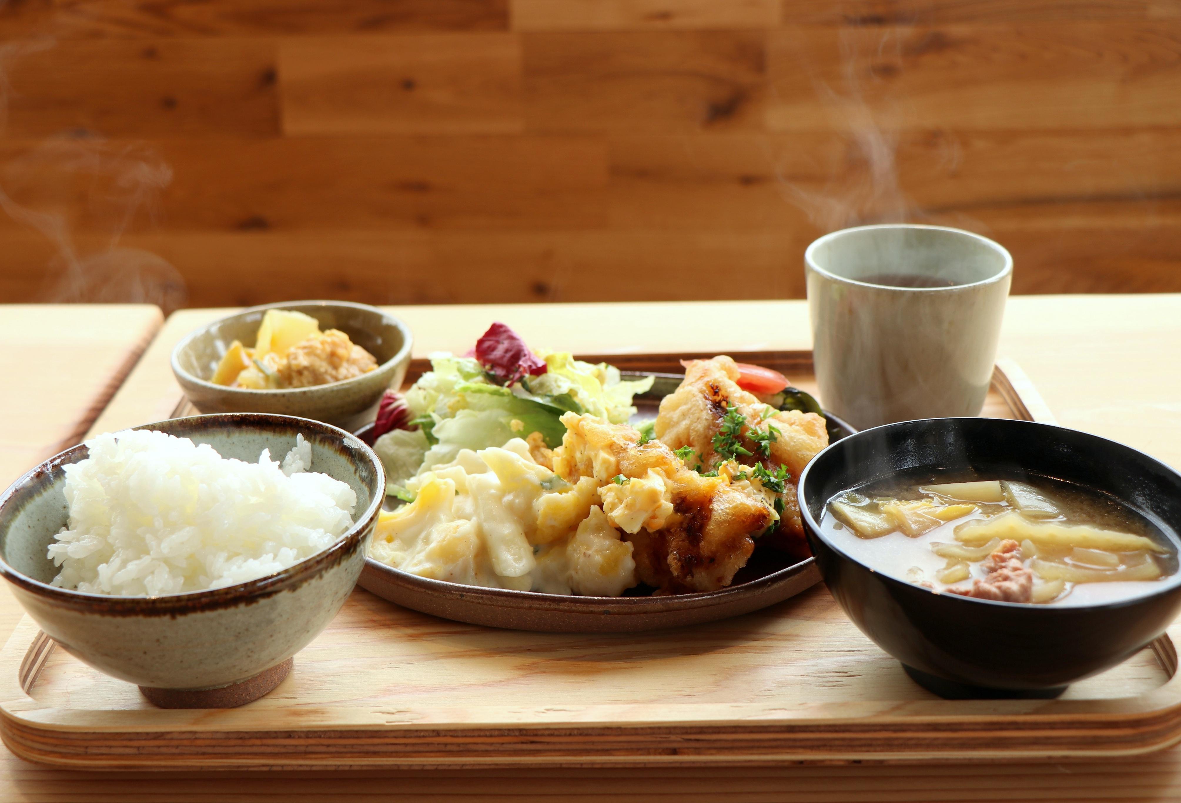 《名西郡/かま屋 かまパン&ストア》神山はやっぱおもっしょい、話題の地産地食ランチを食べてきた。