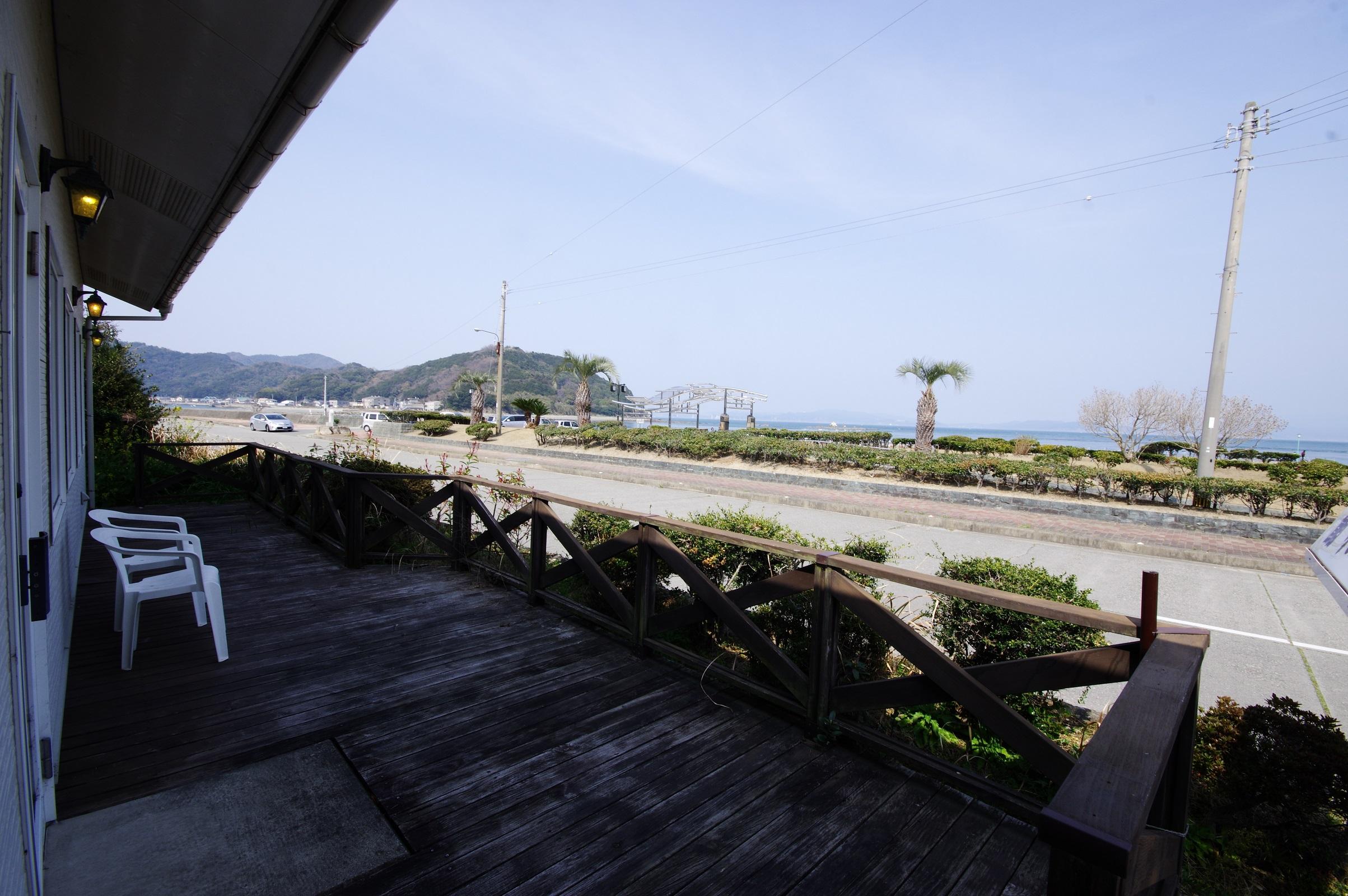 GWや夏休みに行きたいグッドロケーションカフェ【海辺の喫茶店@岡崎海岸】