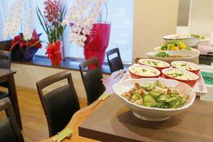 徳島駅から徒歩5分!旬の食材を堪能できる小料理店『季節の肴とゆるり酒 花てまり』がオープン