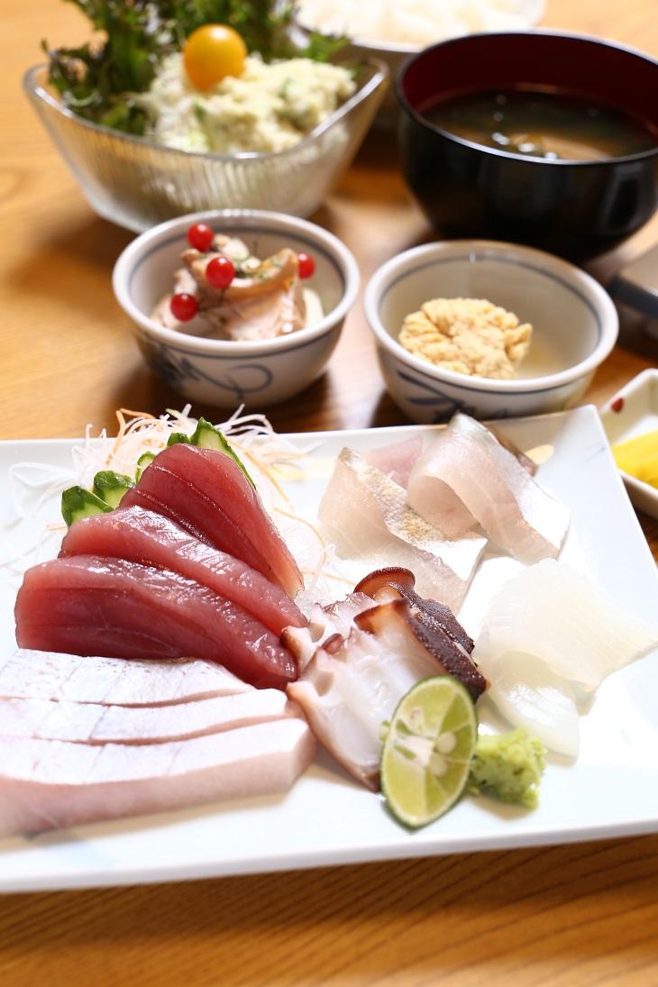 《徳島市/居酒屋食堂ゆず》魚!、魚!、魚!美味しい魚が食べたいんやぁ~~!!