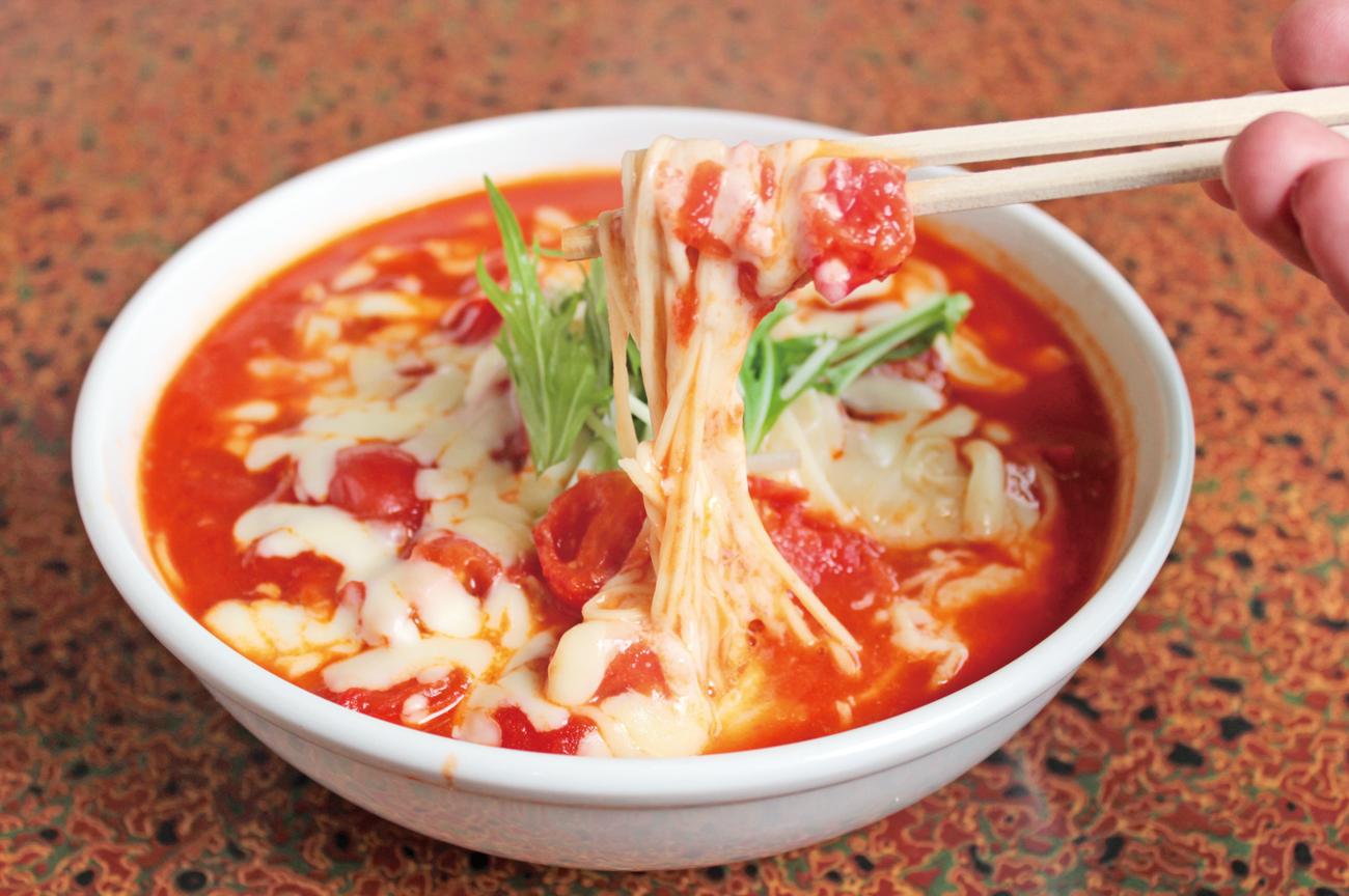 トマト チーズ ラーメン