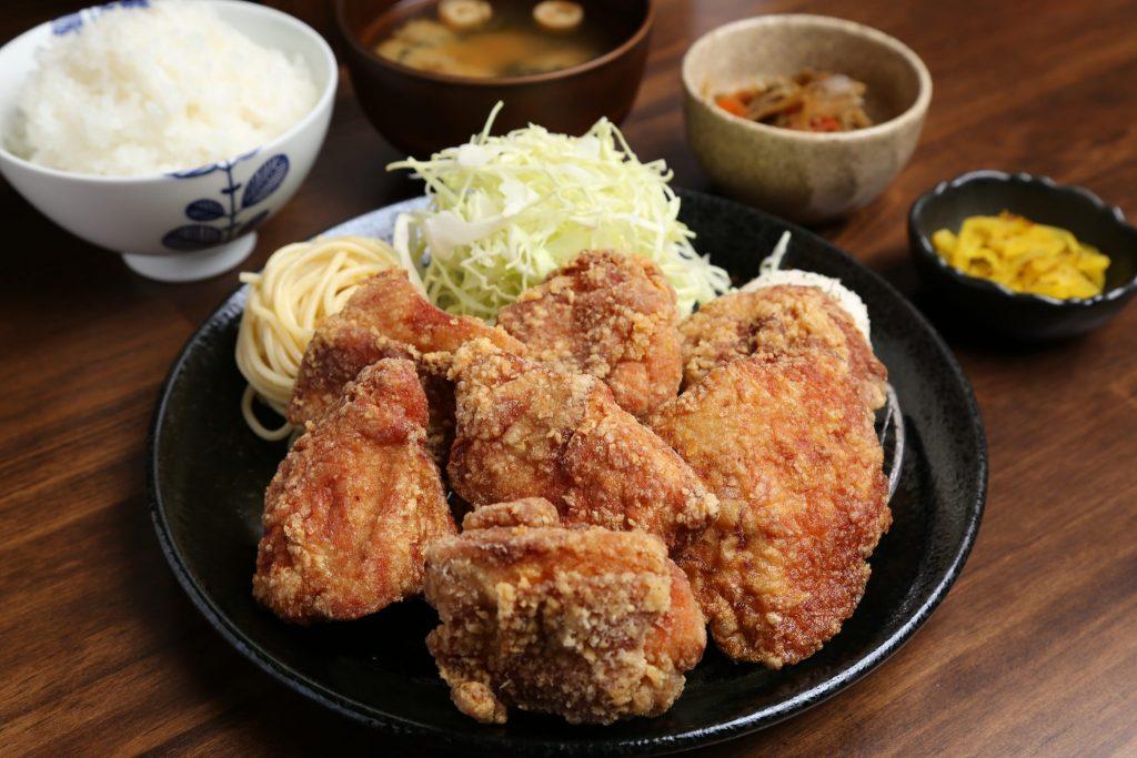 《徳島市/から家食堂》「一番おいしく食べてもらうには…」。たどり着いたのは、食堂というかたち