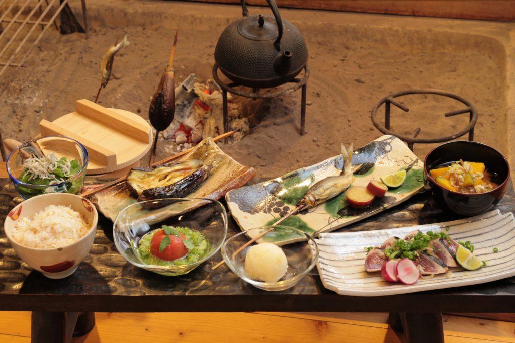 《海部郡/柚子の里 和三郎(わさぶろう)》泊まらなくても食べられる宿めし。旬の幸をまるごと味わう繊細かつ豪快なコース