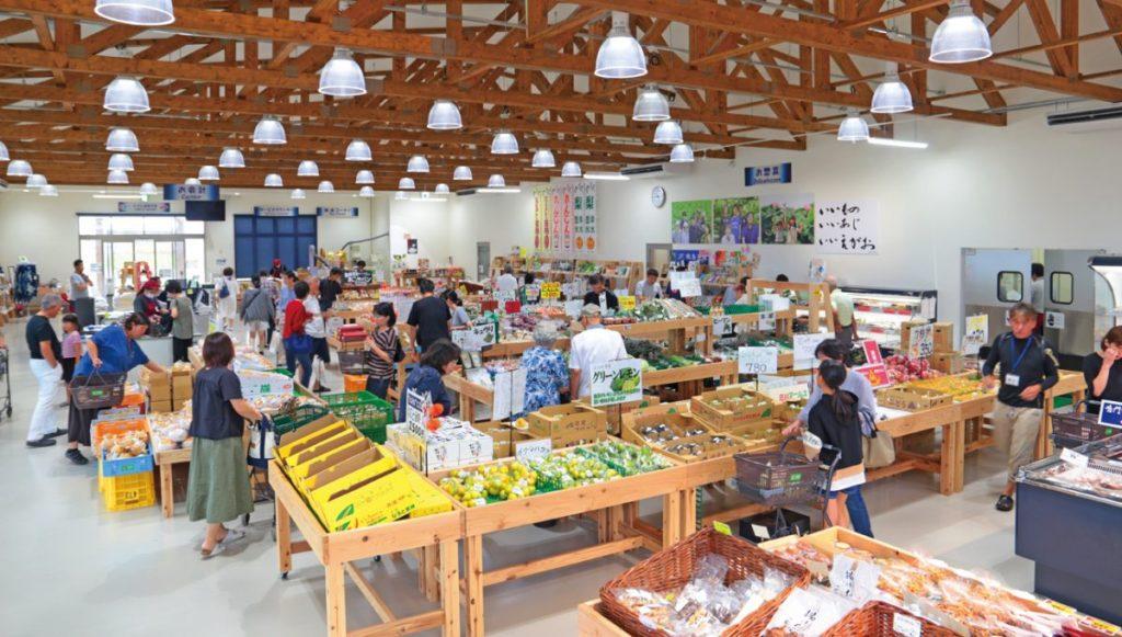 《鳴門市/農産物直売所 えがお》新しい産直市へ行こう! 野菜も魚もお土産も 鳴門のおいしい、全部盛り!