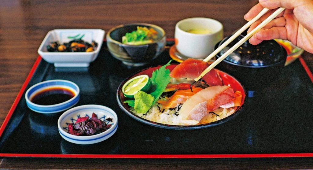 《まとめ》ガッツリ豪華でコスパも良い。酒場の昼定食はどれも食べても抜かりなし!!(後・徳島市外篇)